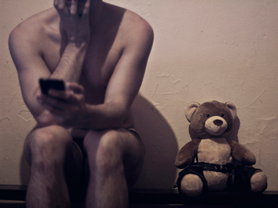 Confessions of a Grindr Addict